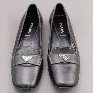 Prada BLack Driving Shoe Loafers 39